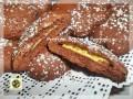 Dolci al cacao ripieni di crema