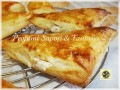 Triangoli di pasta sfoglia ripieni con ricotta e marmellata di mele