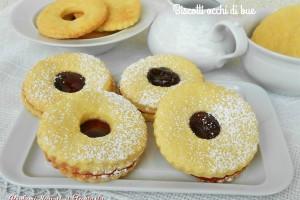 Biscotti occhi di bue con marmellata di ciliegie
