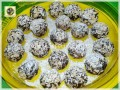 Palline di pandoro al Rum con cioccolato e cereali