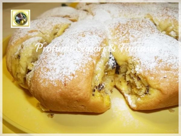 Crostata arrotolata ripiena di ricotta nocciole e cioccolato Blog Profumi Sapori & Fantasia