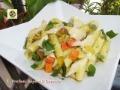 Pasta fredda al pesto di rucola, verdure e parmigiano