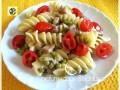 Fusilli napoletani ricetta con piselli gorgonzola pancetta e pomodorini