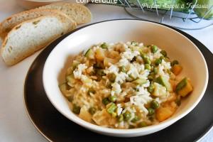 Risotto con pesto di zucchine e verdure
