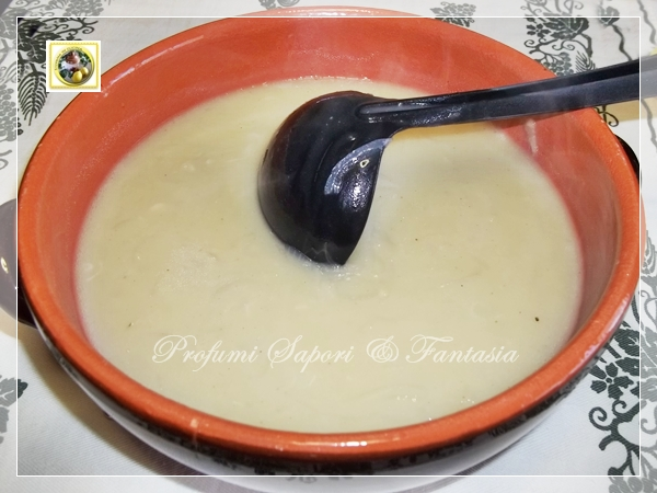 Zuppa di cipolle con crostini gratinati Blog Profumi Sapori & Fantasia