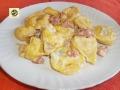Tortelloni al gorgonzola e salsiccia piccante