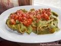 Pappardelle verdi al sugo di verdure e salsiccia