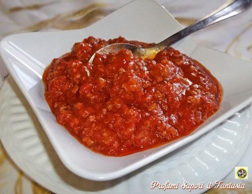 Sugo di carne con salsiccia e mortadella