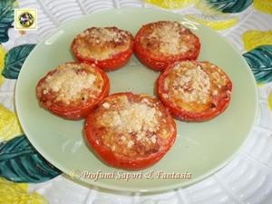 Pomodori ripieni al forno ricetta gustosa Menu di Pasqua tante ricette facili  Blog Profumi Sapori & Fantasia