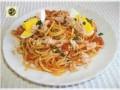 Spaghetti al sugo di tonno con uova sode