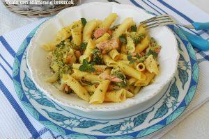 Pasta con salmone e broccoli