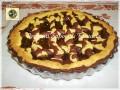 Crostata di frolla panna e cacao con marmellata di kiwi