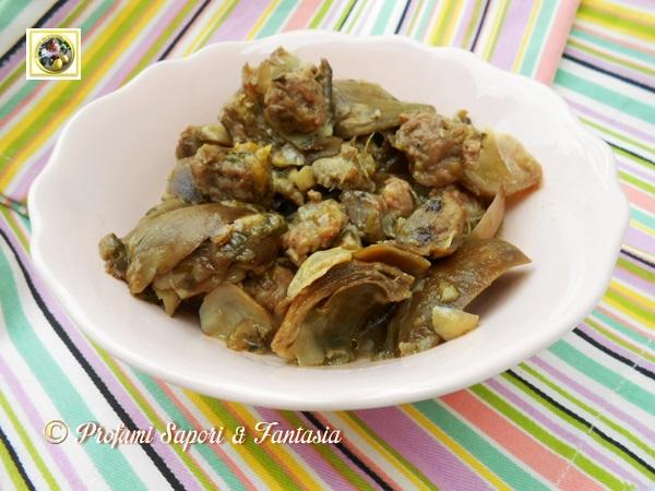 carciofi in padella con porri e salsiccia - Come Cucinare I Porri In Padella