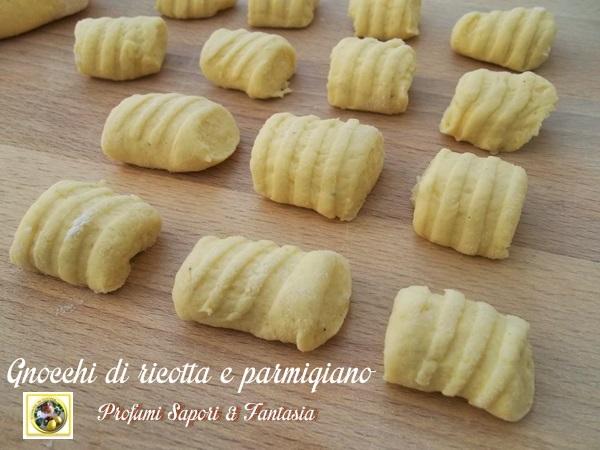 Ricette Di Gnocchi Con La Ricotta.Gnocchi Di Ricotta E Parmigiano Ricetta Base
