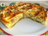 Torta salata di melanzane e zucchine con patate e salsiccia