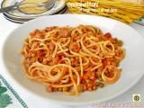 Spaghettoni al sugo ricco con verdure
