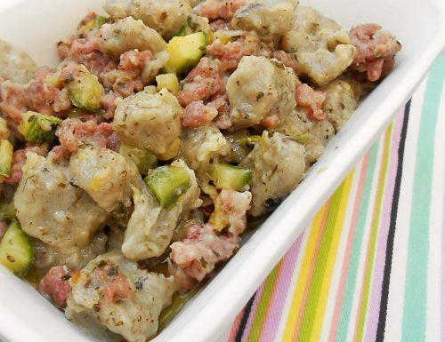 Gnocchi al sugo di zucchine e salsiccia