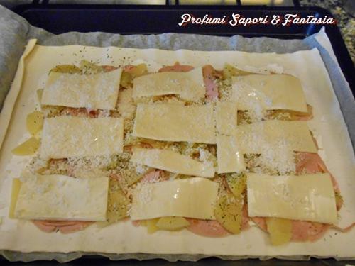 Rotolo di pasta sfoglia ripieno salato  Blog Profumi Sapori & Fantasia