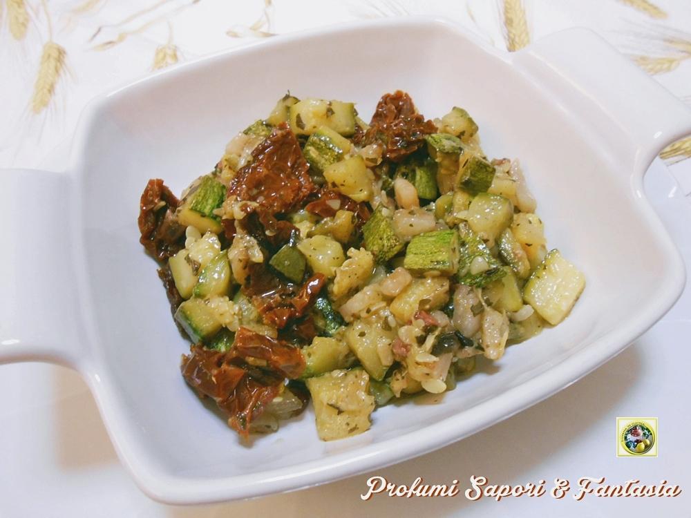 Contorno di zucchine in padella ricetta veloce for Cucinare zucchine in padella