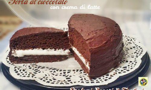 Torta al cioccolato con crema di latte