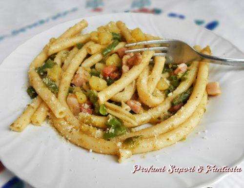 Pasta con pancetta fagiolini e patate