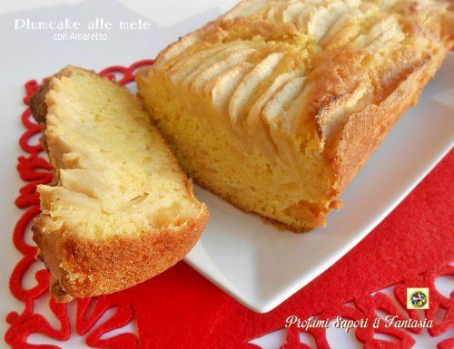 Plumcake alle mele con Amaretto