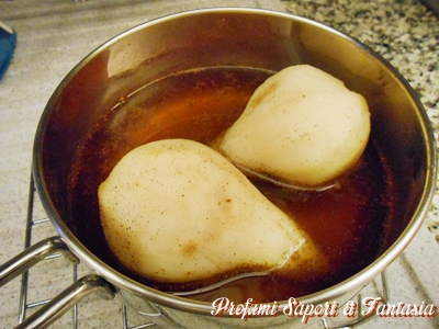 Dessert di pere cotte al marsala