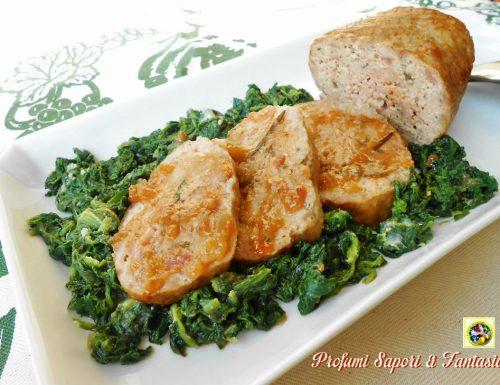 Polpettone di pollo e ricotta con salsa di verdure