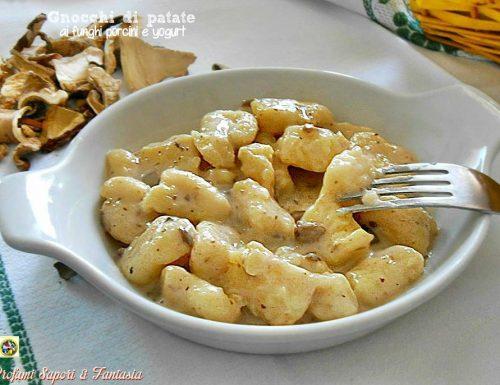 Gnocchi di patate ai funghi porcini e yogurt