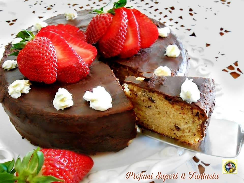 Torta allo yogurt di fragole e cioccolato Blog Profumi Sapori & Fantasia