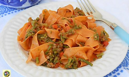 Tagliatelle al sugo di asparagi
