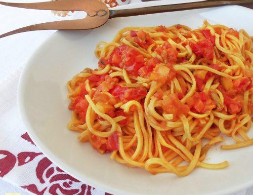 Spaghetti alla chitarra al sugo di peperoni