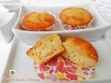 Muffin con pesche fresche yogurt e ricotta
