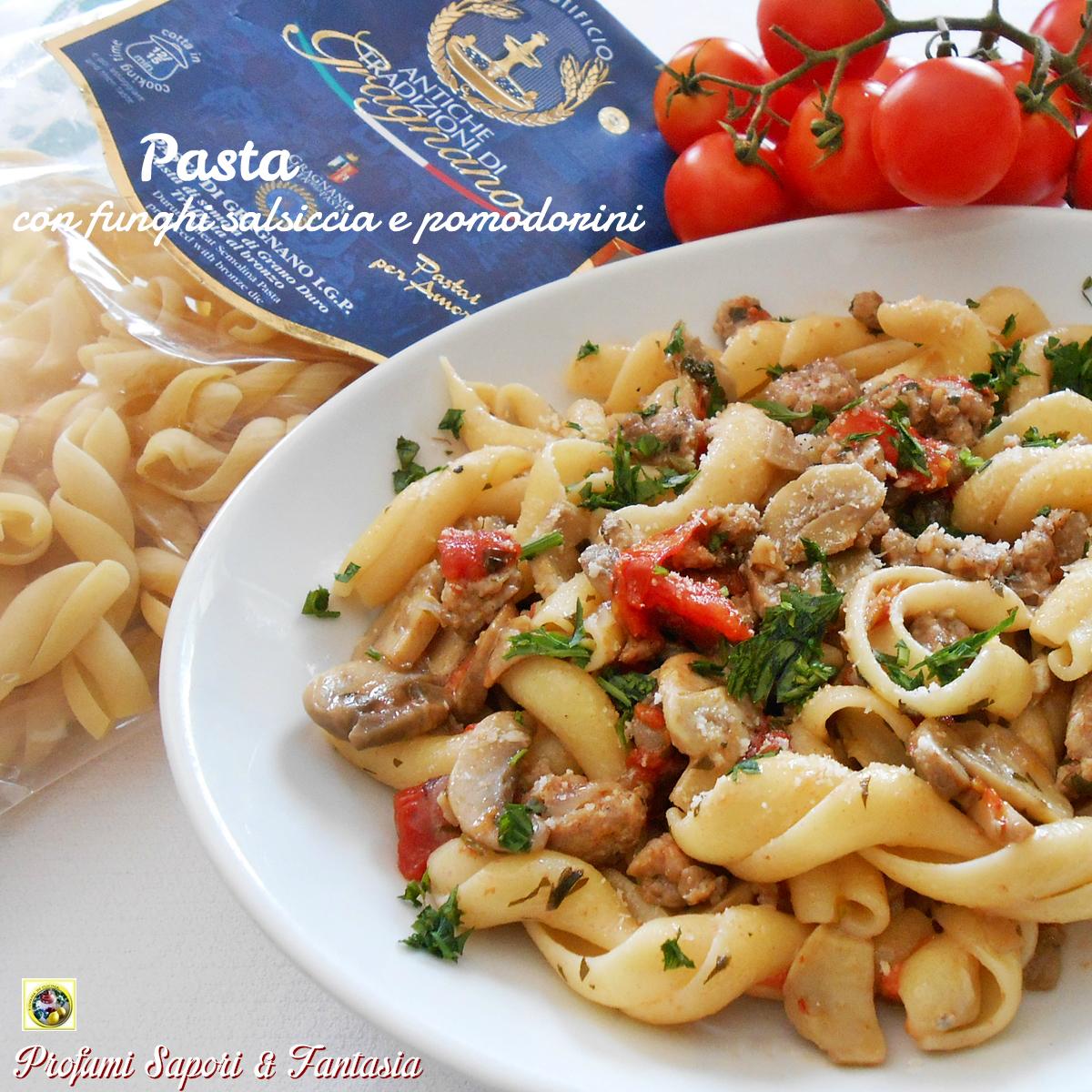 Ricetta pasta con sugo funghi e salsiccia