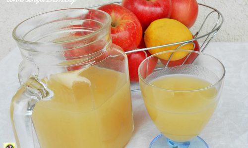 Succo di mele fatto in casa con e senza Bimby