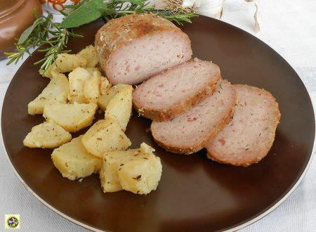 Polpettone di pollo mortadella e ricotta in forno