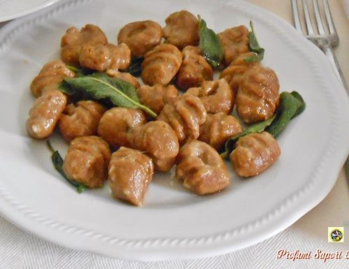 Gnocchi di ricotta con farina di castagne ricetta base