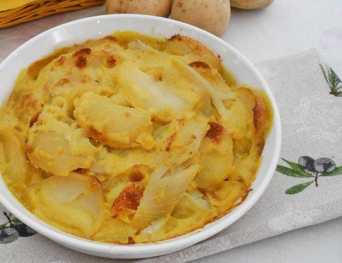 Patate e finocchi in salsa mornay al forno