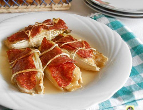 Indivia al forno farcita con salame e formaggio