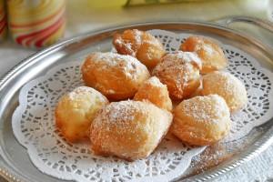 Frittelle con ricotta e limoncello