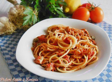 Spaghetti al sugo di baccalà