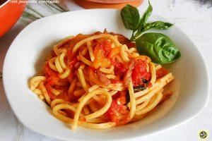 Pasta ai peperoni con pancetta croccante