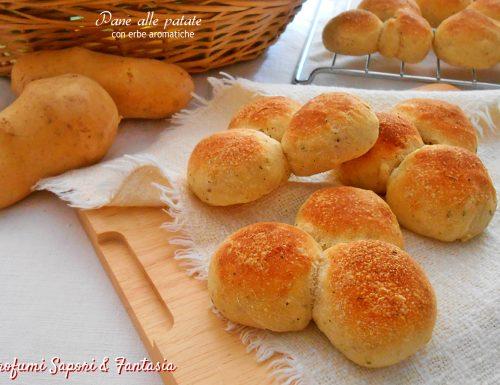 Pane alle patate con erbe aromatiche