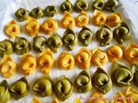Tortelloni verdi e gialli
