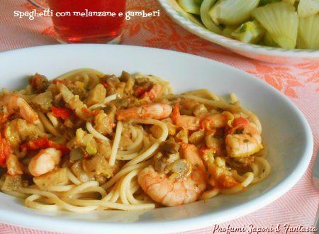 Spaghetti con melanzane e gamberi