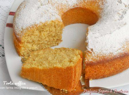 Torta soffice con farina integrale e yogurt