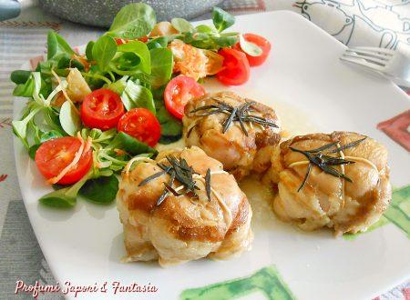 Pollo con pancetta in padella