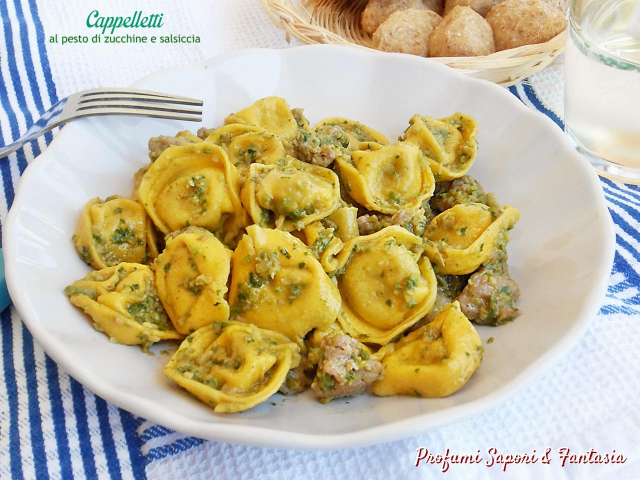 Cappelletti al pesto di zucchine e salsiccia2