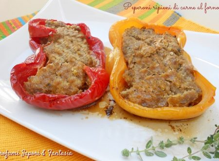 Peperoni ripieni di carne al forno