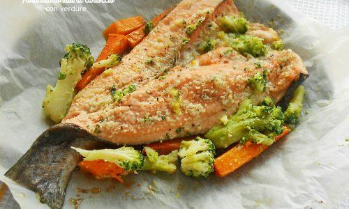Trota salmonata al cartoccio con verdure